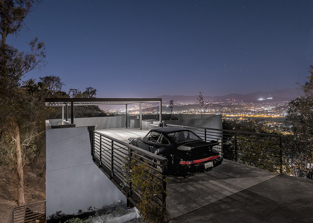 relaxing-hillside-echo-park-home-rooftop-carport-3-driveway-angle-view.jpg