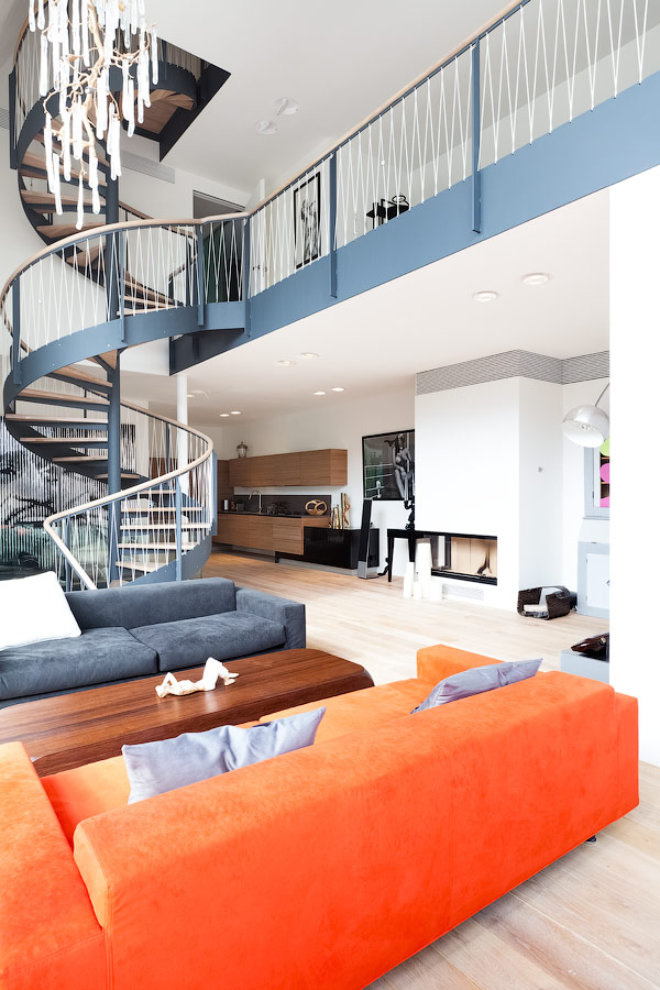 renovation redefines home stunning staircase open plan 2 staircase thumb 630x945 19120 Renovation Redefines Home With Stunning Staircase and Open Plan