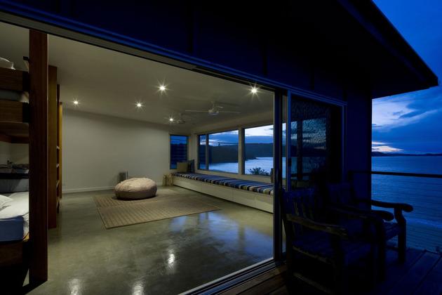 seaside-sydney-respite-scenic-covered-patio-rooms-6-open-floorspace.jpg