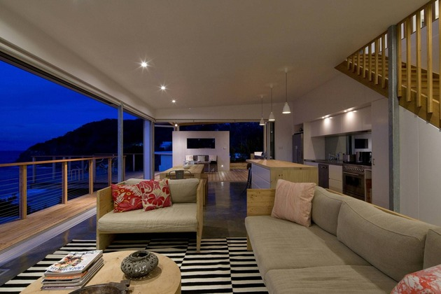 seaside-sydney-respite-scenic-covered-patio-rooms-7-living-room.jpg