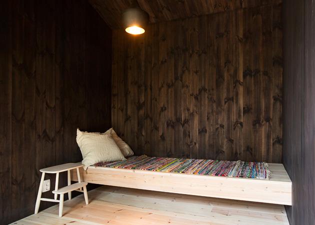 single-storey-summer-house-overlooks-forested-gorge-sweden-9-sauna.jpg