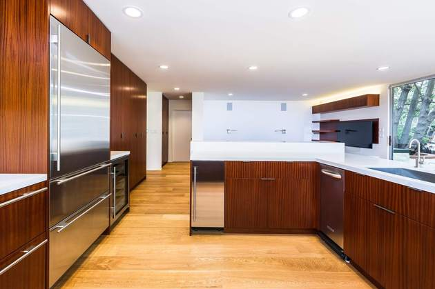 skillful-renovation-iconic-mid-century-los-angeles-residence-20-kitchen-appliances.jpg