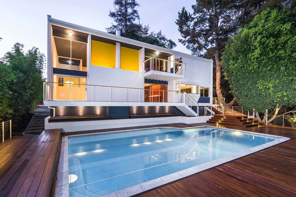 Skillful Renovation Of Iconic Mid-Century Los Angeles Residence