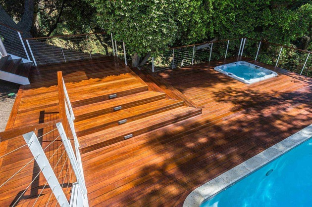 skillful-renovation-iconic-mid-century-los-angeles-residence-7-deck.jpg