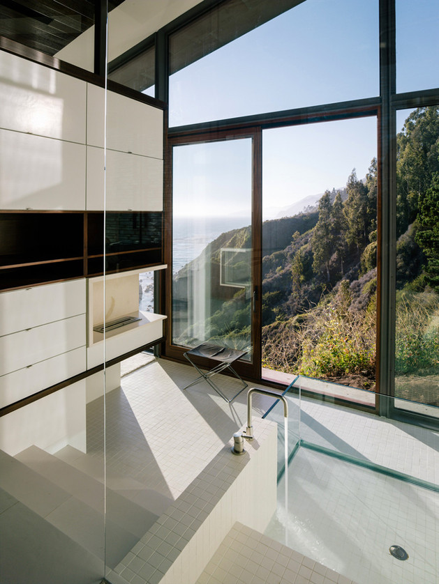 spectacular-glass-and-copper-cliff-house-in-big-sur-california-15.jpg