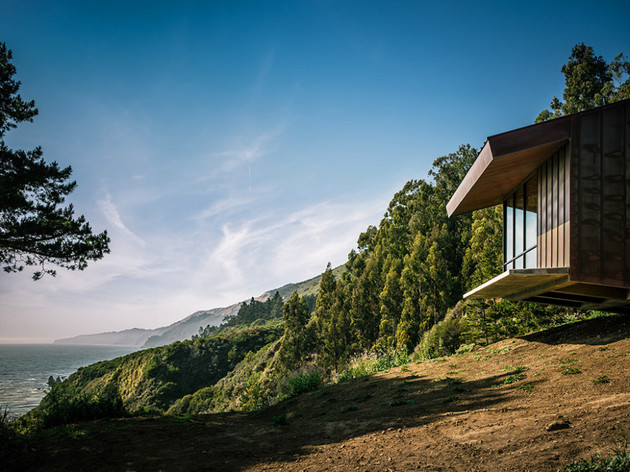 spectacular-glass-and-copper-cliff-house-in-big-sur-california-3.jpg