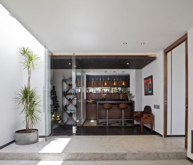study-contradictions-contemporarily-serene-mexico-city-home-13-wine-far.jpg