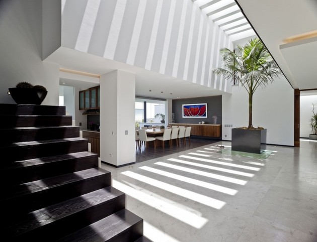 study-contradictions-contemporarily-serene-mexico-city-home-6-stairs-bottom.jpg