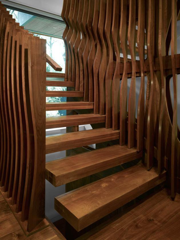 stunning-details-large-open-spaces-define-toronto-home-10-treads.jpg