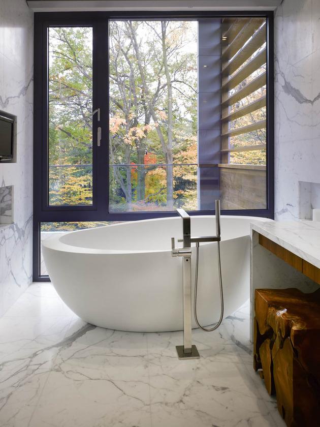 stunning-details-large-open-spaces-define-toronto-home-14-bathroom.jpg