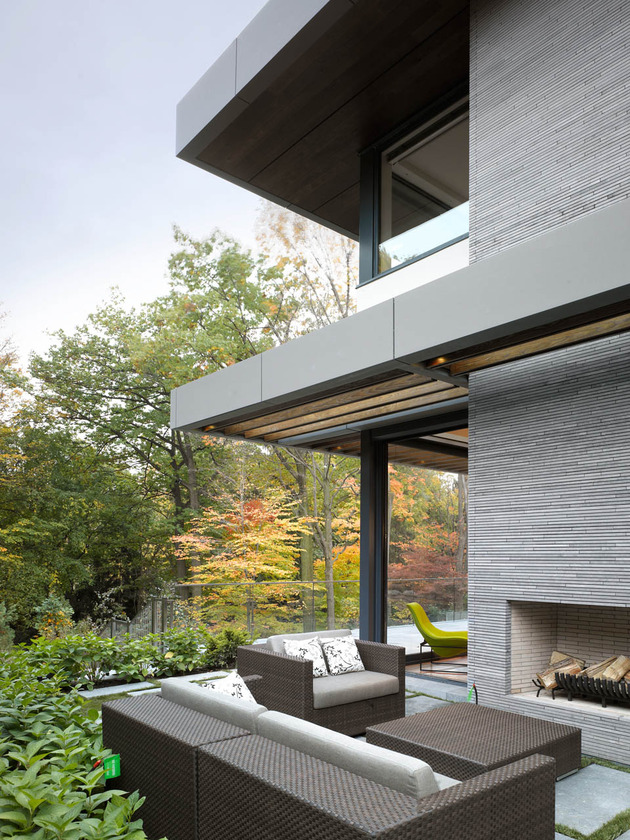 stunning-details-large-open-spaces-define-toronto-home-18-outdoors.jpg
