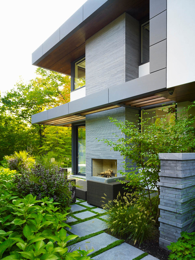 stunning-details-large-open-spaces-define-toronto-home-19-outdoors.jpg