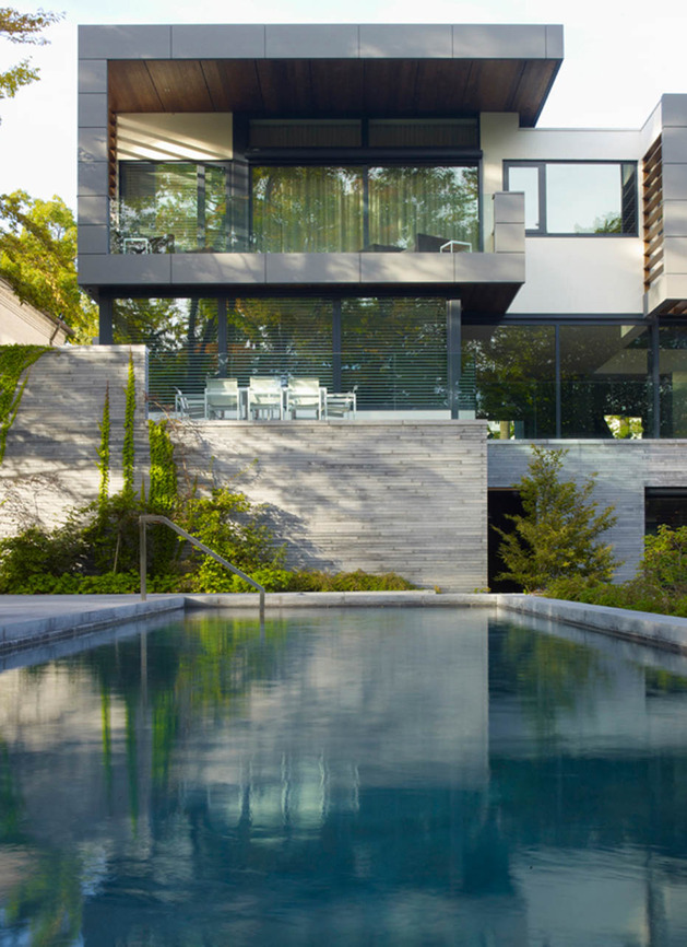 stunning-details-large-open-spaces-define-toronto-home-22-pool.jpg