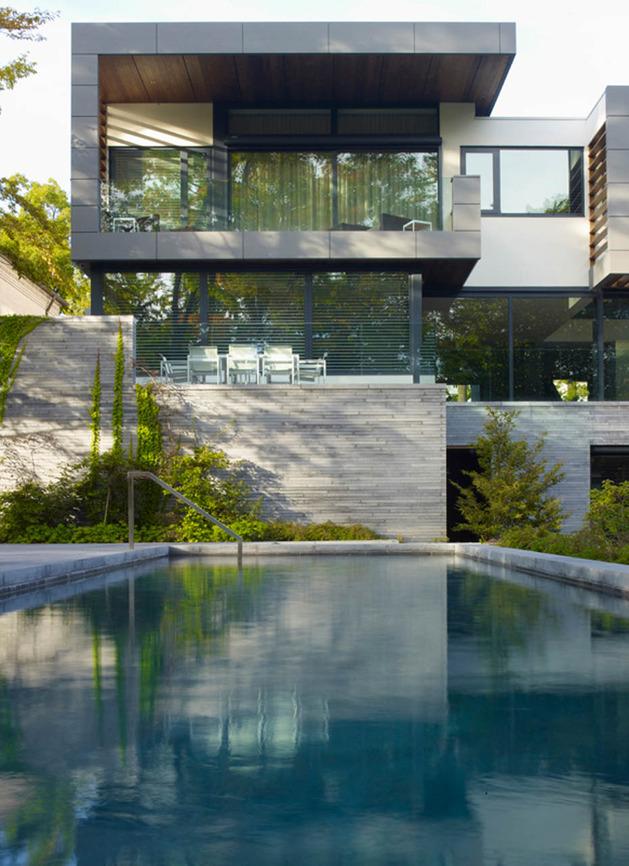 stunning-details-large-open-spaces-define-toronto-home-22-pool.jpg