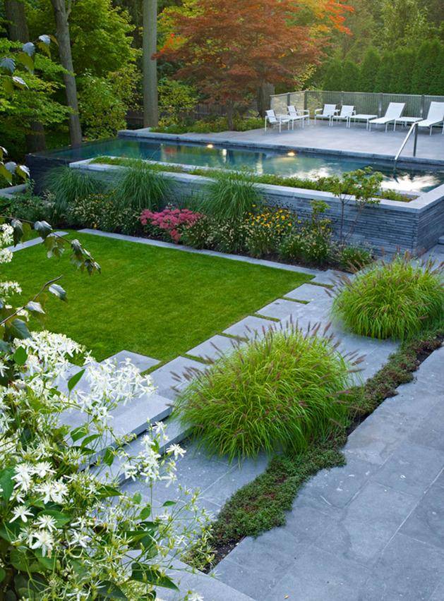 stunning-details-large-open-spaces-define-toronto-home-24-yard.jpg