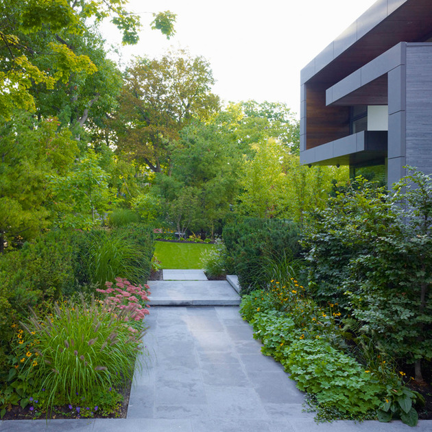 stunning-details-large-open-spaces-define-toronto-home-25-path.jpg