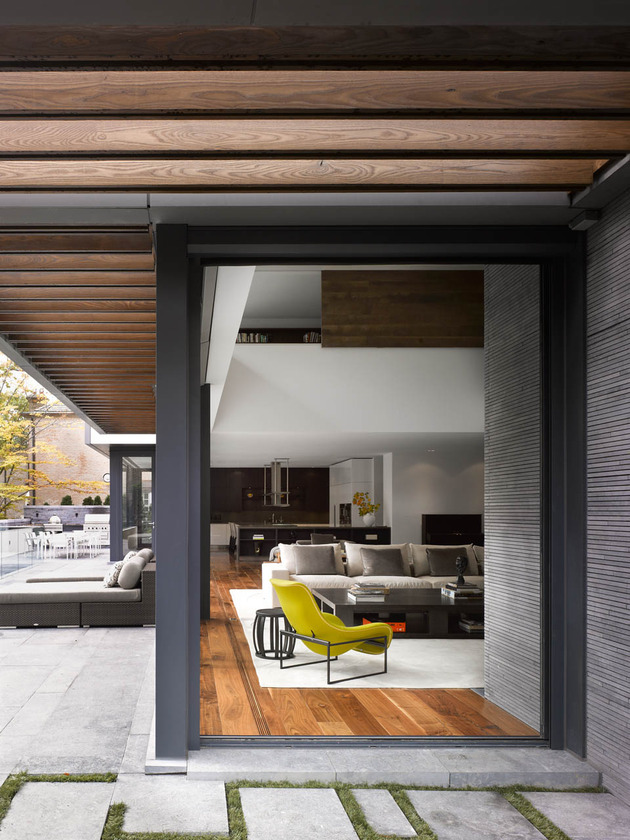 stunning-details-large-open-spaces-define-toronto-home-3-living.jpg