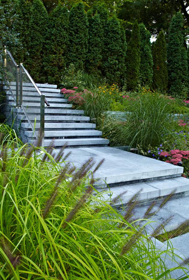 stunning-details-large-open-spaces-define-toronto-home-31-steps.jpg