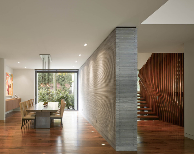 stunning-details-large-open-spaces-define-toronto-home-6-dining.jpg