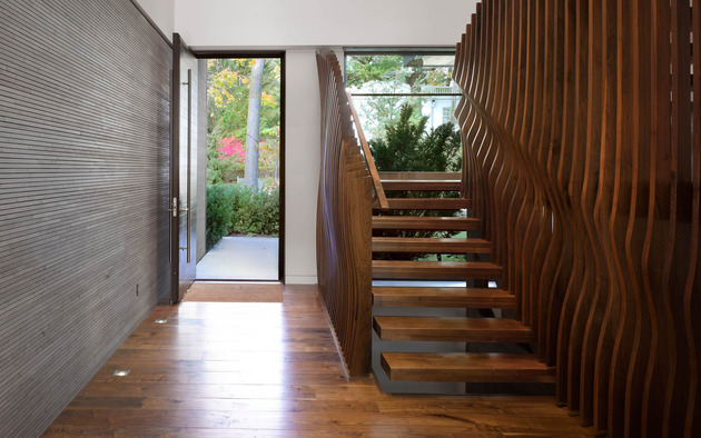 stunning-details-large-open-spaces-define-toronto-home-7-staircase.jpg