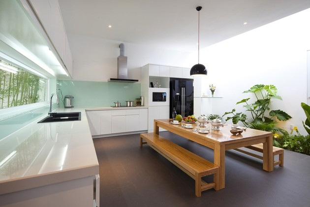 urban-vietnamese-house-combined-space-indoor-garden-11-kitchen-plants-far.jpg