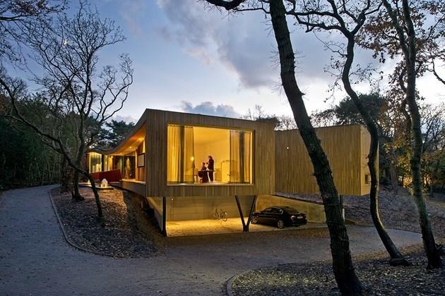 villa-k-curves-x-formation-through-oak-forest-netherlands-10-bedrooms.jpg