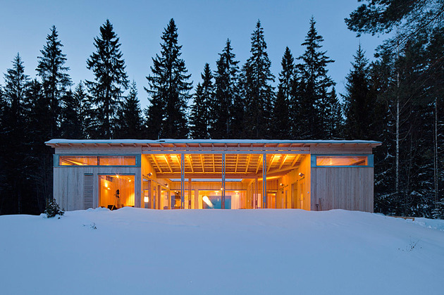 4-season-timber-cottage-built-by-single-carpenter-4-front-night.jpg