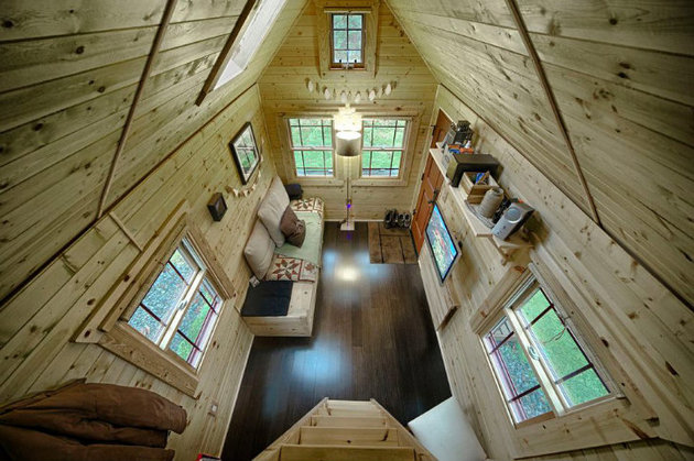 cabin-style-compact-washington-mobile-home-for-two-4-view-down-living-room.jpg