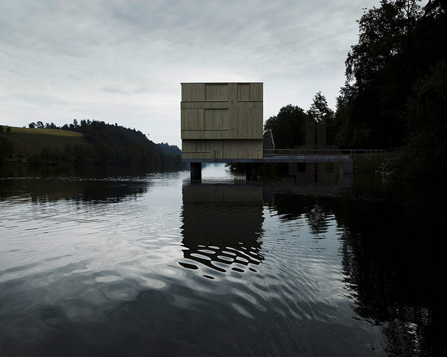 dock-connects-lake-building-shore-switzerland-14-façade-closed.jpg