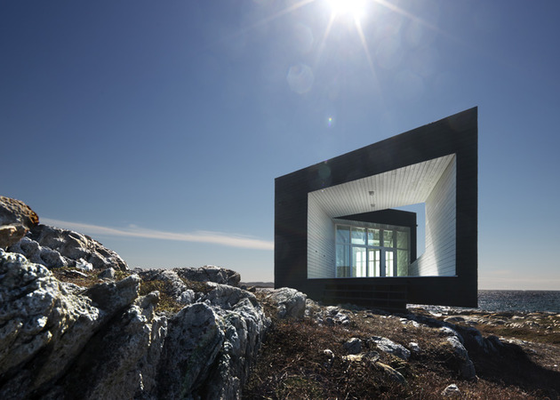 fogo-island-cabins-by-saunders-architecture-7.jpg