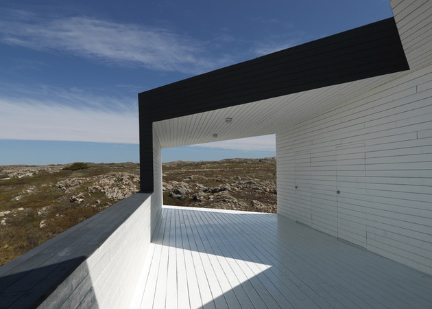 fogo-island-cabins-by-saunders-architecture-8.jpg