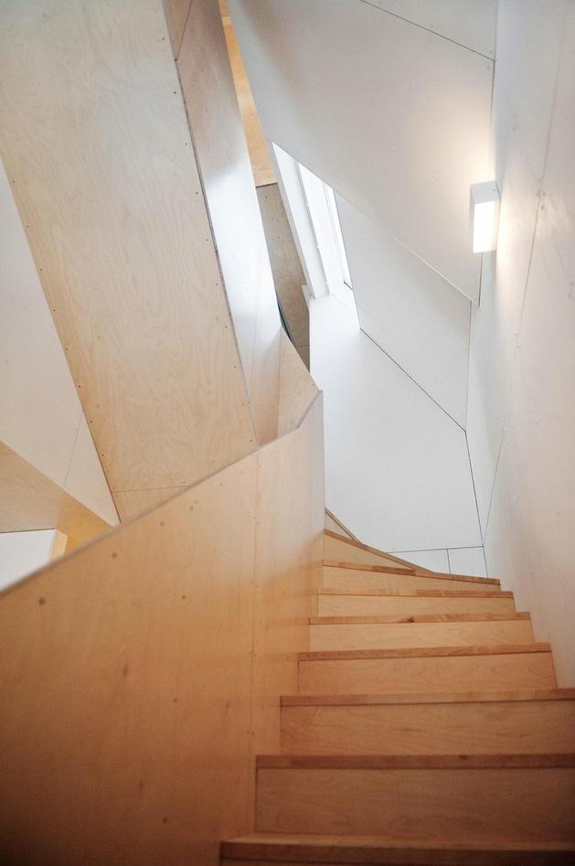 geometric-norwegian-house-with-creative-interior-fixtures-17-interior-stairs.jpg