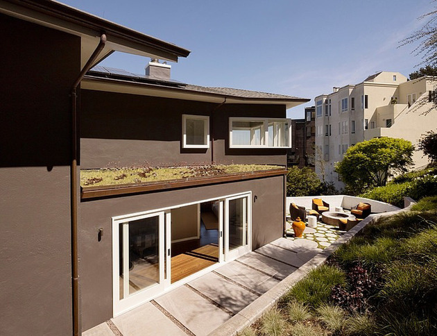 home-updated-with-modern-interiors-rooftop-garden-and-views-that-kill-13.jpg
