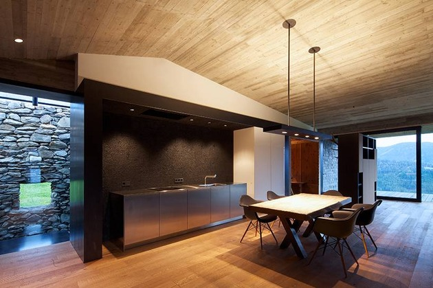 home-with-sauna-green-roof-7-dining-room.jpg