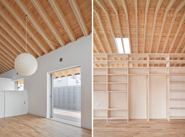 house-with-exposed-timber-rafters-bookshelf-columns-6-entrance-shelves.jpg