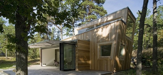 low-impact-no-waste-swedish-house-built-sustainable-wood-lots-4-site.jpg