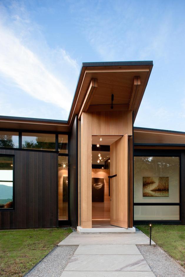 minimalist-silhouette-walls-glass-define-piedmont-residence-3-entry.jpg