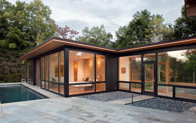 minimalist-silhouette-walls-glass-define-piedmont-residence-9-pool.jpg