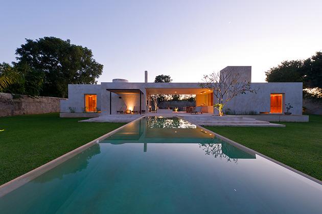modern-hacienda-style-guest-house-17.jpg