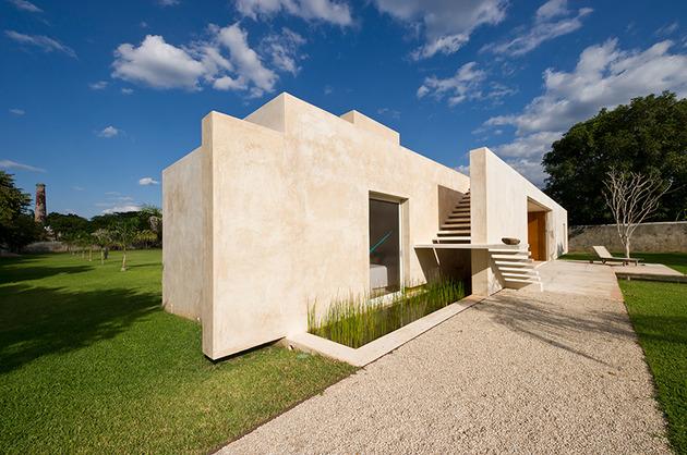 modern-hacienda-style-guest-house-3.jpg