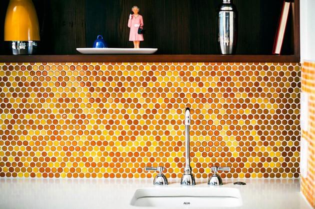 new-kitchen-addition-opens-up-private-below-grade-courtyard-5-backsplash.jpg