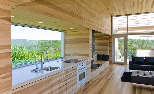 ocean-views-pastoral-settings-surround-sliding-house-vacation-retreat-7-kitchen.jpg