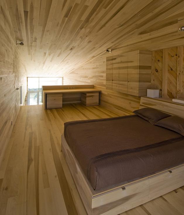 ocean-views-pastoral-settings-surround-sliding-house-vacation-retreat-9-bedroom.jpg