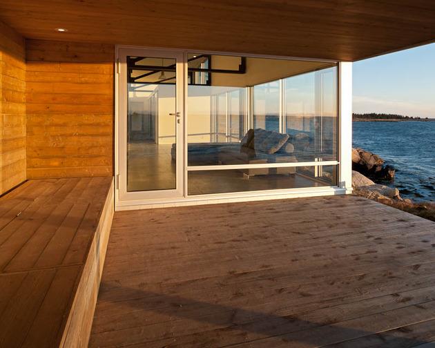 oceansi-vacation-house-clad-corrugated-galvanized-aluminium-8-deck.jpg