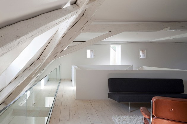 old-farmhouse-conversion-into-office-space-13.jpg