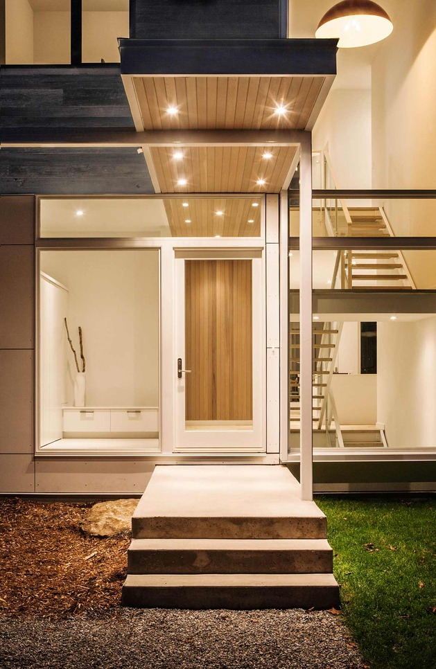 quebec-home-embraces-nature-with-glazing-and-open-interior-17.jpg