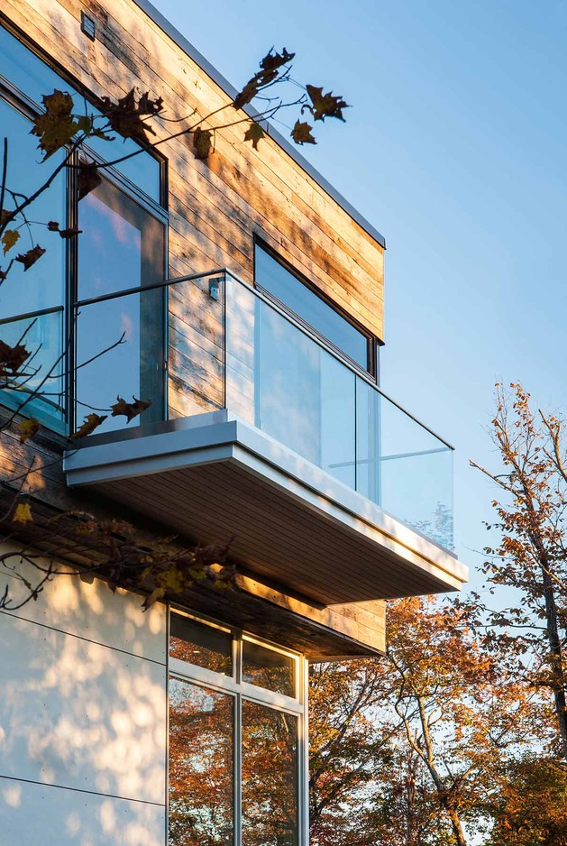 quebec-home-embraces-nature-with-glazing-and-open-interior-5.jpg