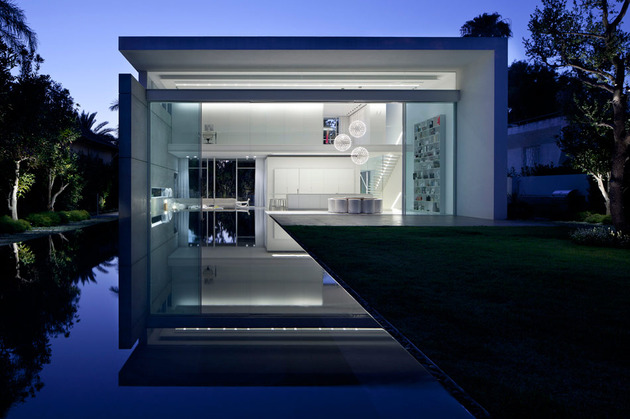 sleek-cubic-house-with-front-and-back-gardens-17.jpg