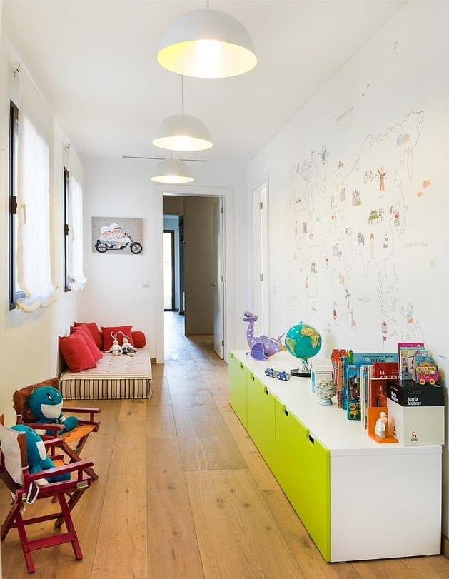 spanish-family-home-with-comfortably-contemporary-open-space-appeal-15-child-room.jpg