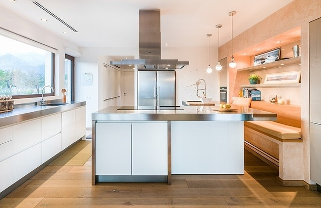 spanish-family-home-with-comfortably-contemporary-open-space-appeal-8-kitchen.jpg
